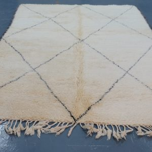 Buy Moroccan berber carpet 9.51 ft x 613 ft