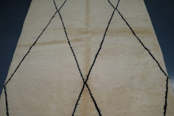 Small Beni Ourain rug, 7.67 ft x 4.92 ft