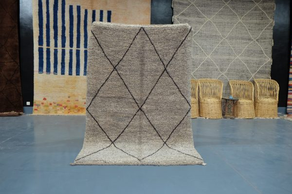 Small Beni Ourain rug, 8.06 ft x 4.78 ft