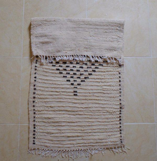 small beniouarain rug, 3.77 ft x 1.96 ft