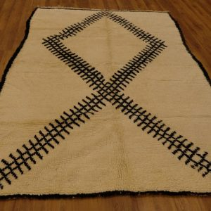 Authentic Beni ourain rug, 9 ft x 5.7 ft