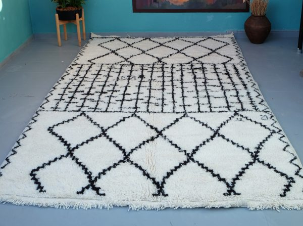 Moroccan Beni Ourain rug 10.10 ft x 6.56 ft