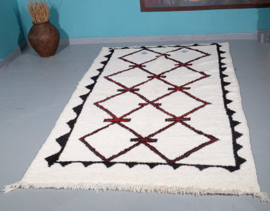 Beni ourain rug 8.62 ft x 4.56 ft